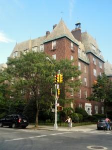 The Chateau, Jackson Heights